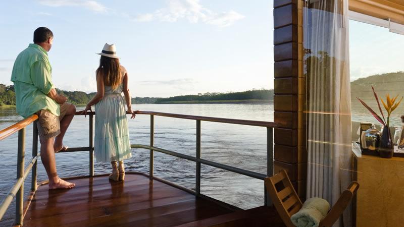 Crucero En El Amazonas Peru